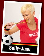 Sexy Soccer Girl Sally-Jane auf VISIT-X