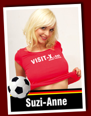 Sexy Soccer Girl Suzi-Anne auf VISIT-X